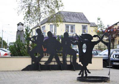 Monumento en la Plaza de Tubbercurry